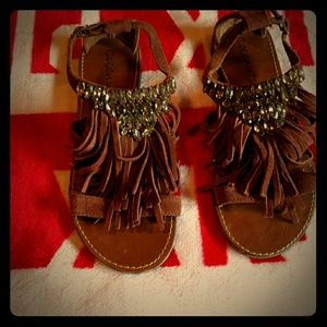 Size 8 very beautiful coconut sandals